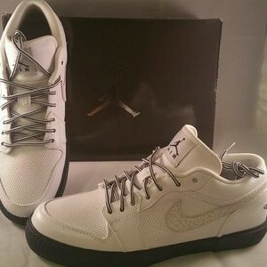 New w box Nike Air Jordan Retro